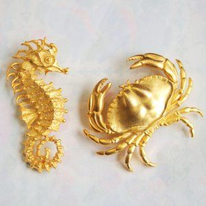 vtg JJ stamped seahorse and crab brooches